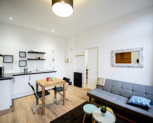 salon-cuisine-renovation-peinture-parquet-design