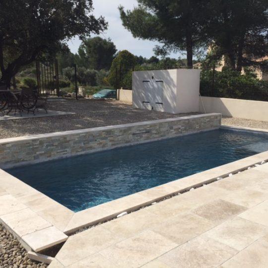 piscine-muret-lame-eau-piscine-hdp