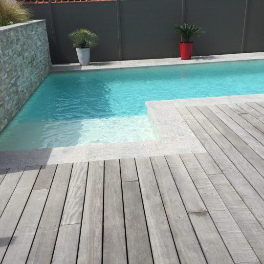 piscine-muret-pierre-lame-d-eau