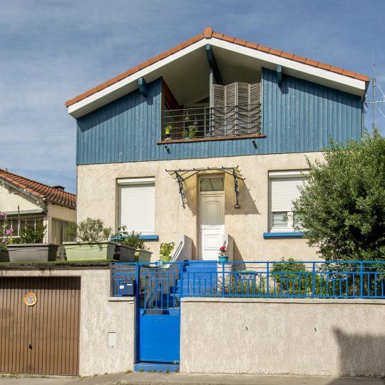 refection-facade-maison-artisans-reno