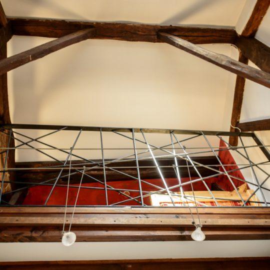mezzanine avec garde corps en fer forge