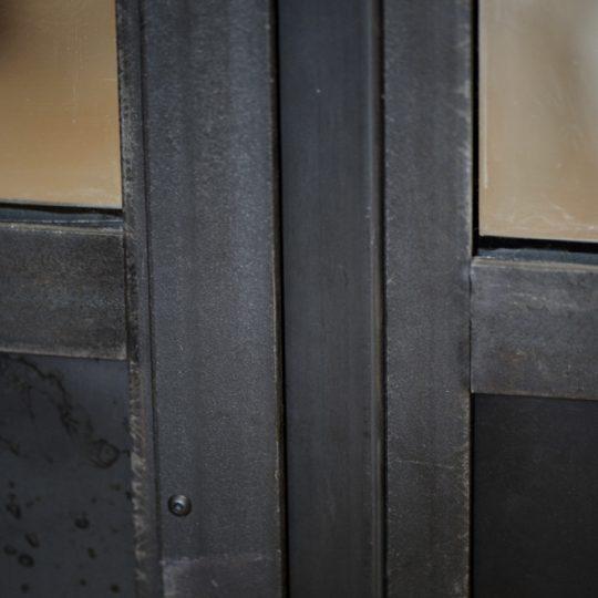 verriere interieur design en metal